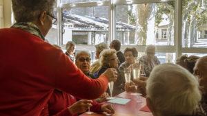 Table des aînés @ Cantine école Paul Bert